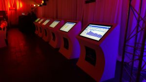 touch-screen-40inch-kiosk-1